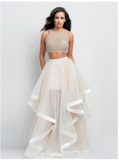 idealna sukienka