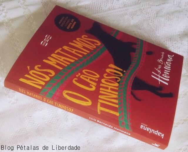 """Resenha: livro """"Nós matamos o cão tinhoso"""", Luís Bernardo Honwana"""
