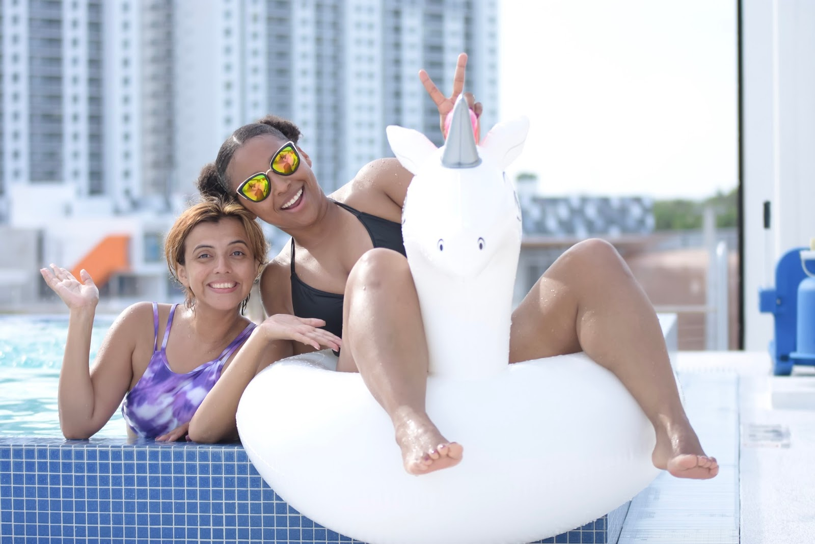 The Residence Inn By Marriott Miami Beach, hotel reviews, travel bloggers, travel blog, hotels with pools, infitiny pool, mariestillo, armandhugon, south beach hotels