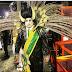 Michel Temer é retratado como 'vampiro' em desfile de escola de samba no Rio de Janeiro. Assista