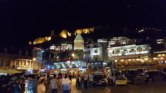 tbilisi de noche