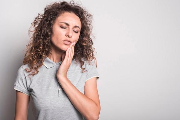 8 Antibiotik Untuk Sakit Gigi Yang Paling Ampuh dan Mudah Didapatkan