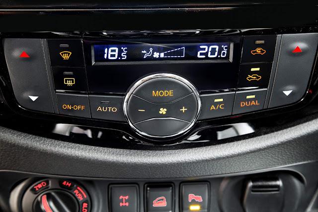 Nova Nissan Frontier 2018 - ar-condicionado digital