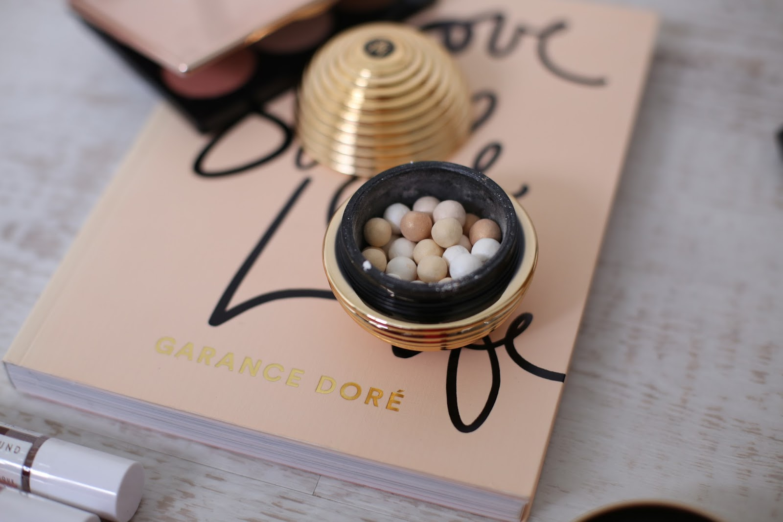 Guerlain Gold Light meteorites