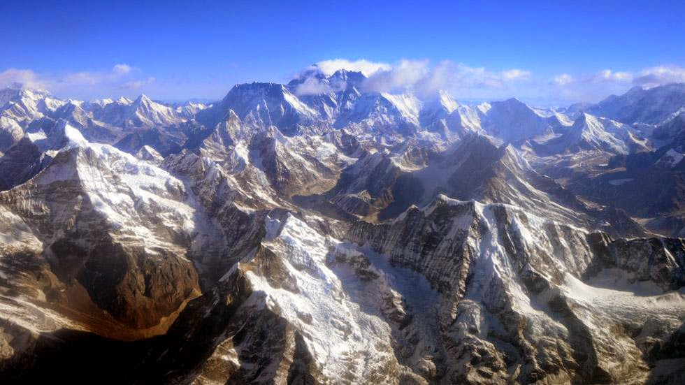 15. Mount Everest, Nepal - 50 Stunning Aerials That Will Make You See the World in New Ways (PHOTOS)