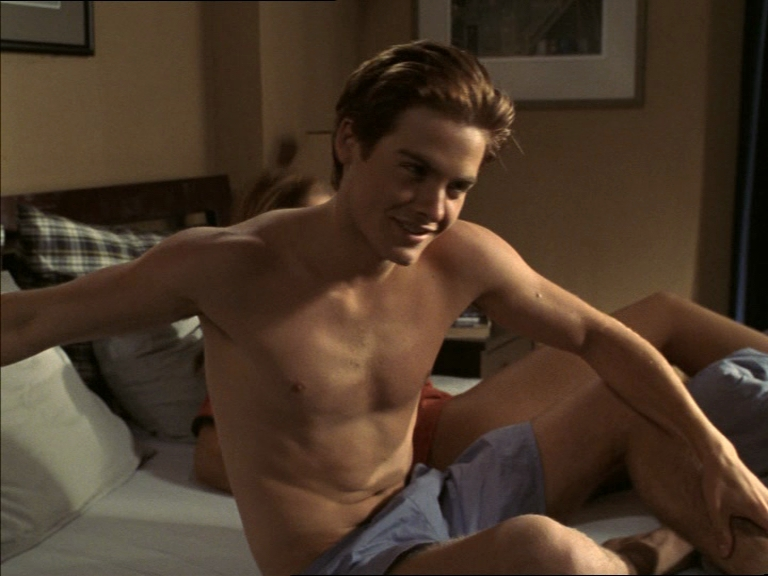 Kevin Zegers In Gay Porn 119