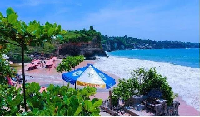 9. Pantai Dreamland - Bali