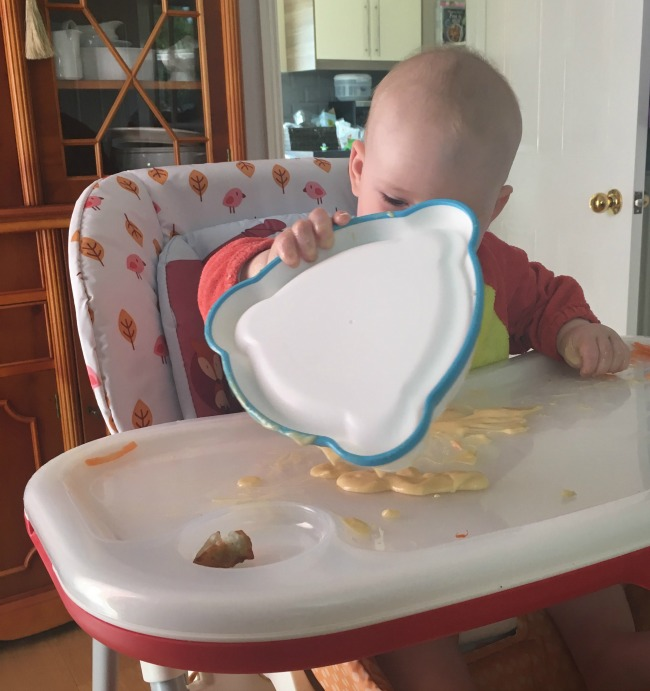 baby-tipping-yoghurt-from-bowl