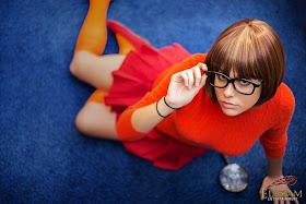 Farbots: Mellorine! Velma Cosplay, rooby doo!