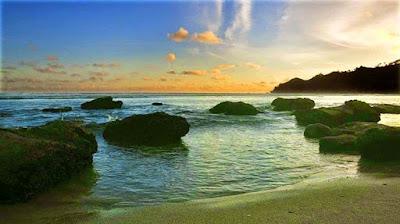 Pantai Kali Uluh
