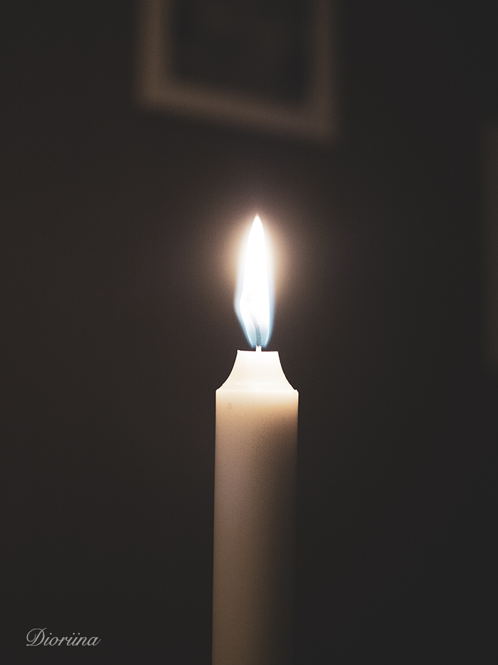 kynttilän valo lämmittää