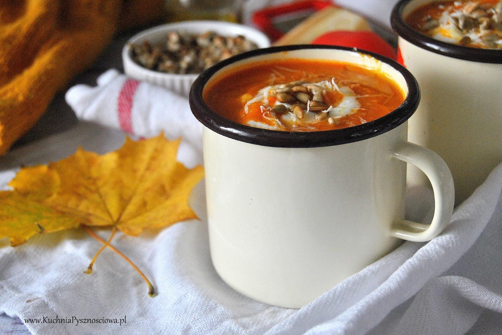 557. Zupa krem z pieczonych pomidorów i batatów