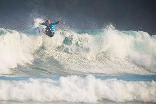 9 Pauline Ado FRA Pantin Classic Galicia Pro foto WSL Laurent Masurel