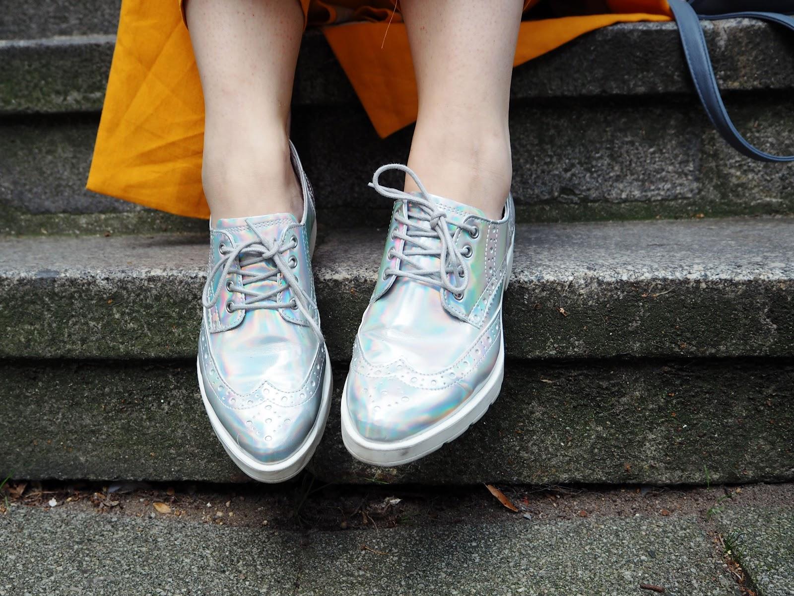 Schuhe, silber, chrome, trend, flache schuhe, flats, Herren schnürer, im herrenstil, Brogues