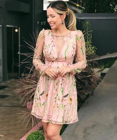 vestido de festa curto tule bordado floral
