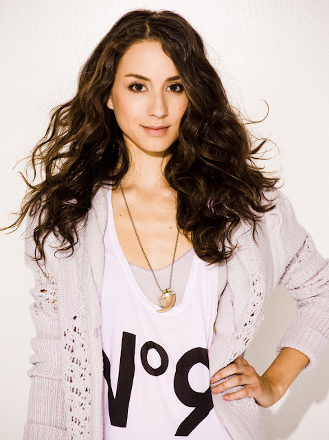 troian-bellisario-actress-pic