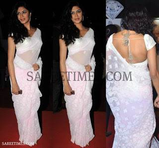 Sakshi Tanwar in Pure White Lucknowi Chikan Saree
