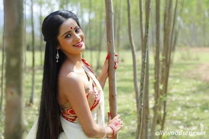 Odia Heroine Bhoomika Das Photos