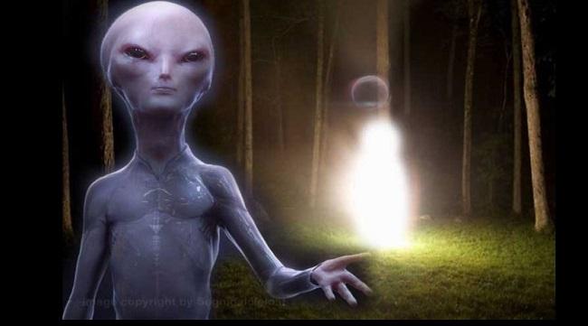Το παγκόσμιο κέντρο για τα UFO γνωστό ως MUFON λαμβάνει μια περίεργη αναφορά από μια :Εξωγήινη Οντότητα