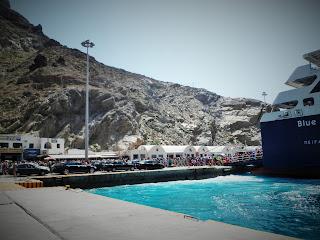 Santorini, Athinios, Santorini Port