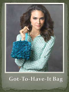 http://www.redheart.com/free-patterns/got-have-it-bag