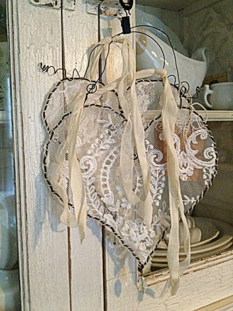 Shabby Chic Decor for Most Romantic Valentine's day