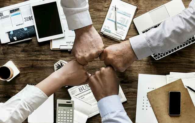 شركة ابل تحدد صفات المدير الناجح في العمل وكيف تكون مديرا فعالا في شركتك بكل سهولة ؟ | بريمو هندسة