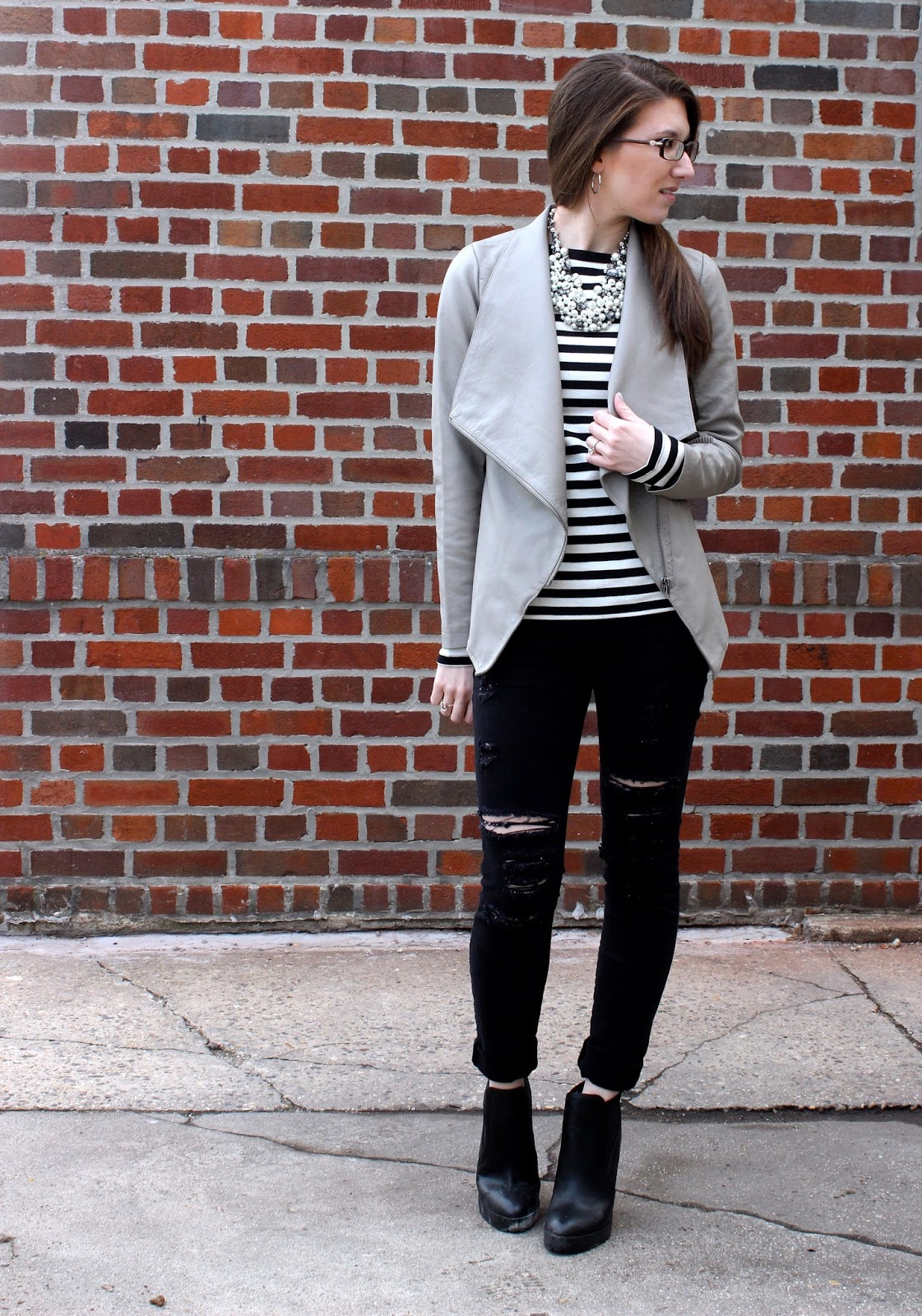 Stripes + Pearls // Work Wear Wednesday