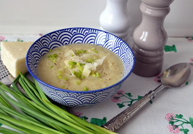 zupa%2Bz%2Bbia%25C5%2582ej%2Brzodkwi Zupa krem z rzodkwi i pora