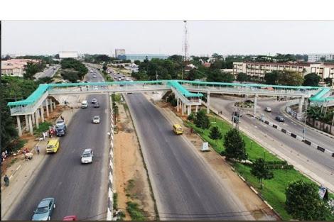 Newly-Built Pedestrian Bridge Along Lagos-Ibadan Expressway