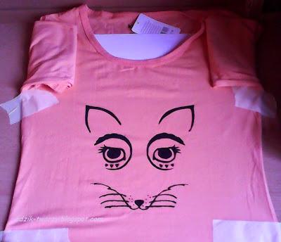 Adzik tworzy - malowanie farbami na bluzce lis
