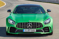 Mercedes-AMG GT R (2017) Front