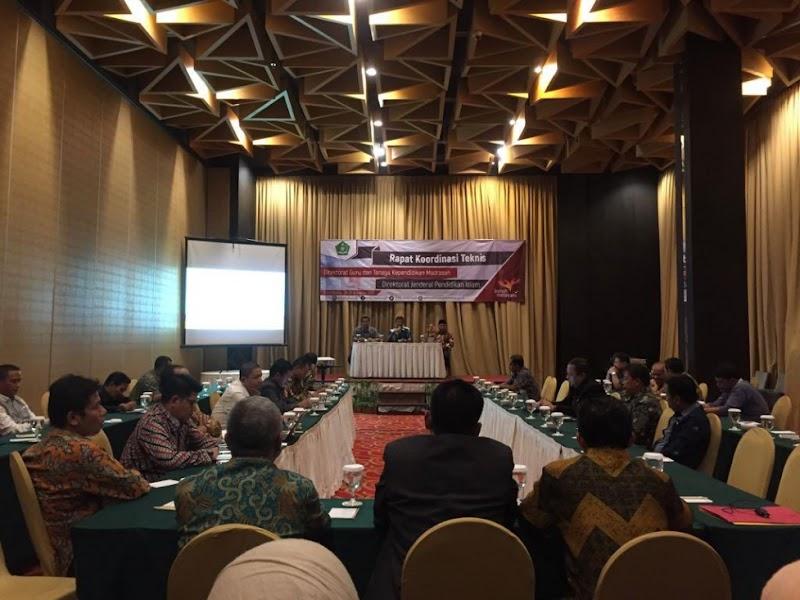 61% Guru Madrasah Masih Terkonsentrasi di Jawa, Kemenag Kaji Pemerataan Sebaran