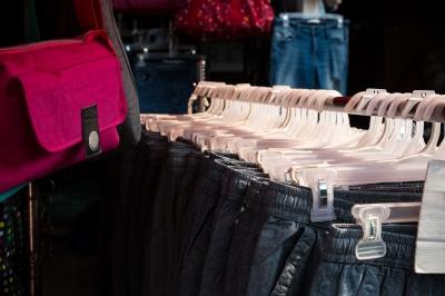 cara buka minimarket baju
