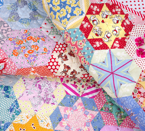 Quilts On Bastings Hand Pieced Hexagon Star Quilt