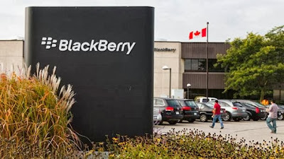 Los títulos de la compañía cerraron en 8 dólares, una caída de 6% respecto a su valor previo | Reuters.- Las acciones de BlackBerry Ltd cayeron un 6% este miércoles por las crecientes dudas sobre las posibilidades de éxito de la oferta de Fairfax Financial Holdings Ltd para adquirir al fabricante de teléfonos inteligentes en 4.700 millones de dólares. Las acciones de BlackBerry cerraron en 8 dólares en el Nasdaq, bajo el precio de la oferta de 9 dólares por acción . BlackBerry y Fairfax, su mayor accionista con una participación cercana al 10%, anunciaron el lunes planes para crear