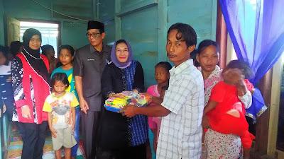 Hj Sri Kustina Amaindo Bangunkan Rumah Buat Keluarga Yanto
