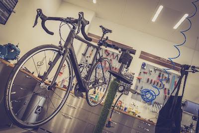 Carbon fiets frame herstellen delaminatie