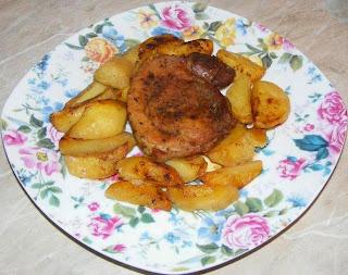 friptura, friptura de porc, friptura de porc la cuptor, pulpa de porc la cuptor, retete culinare, retete de mancare, mancaruri rapide, retete de craciun, retete de revelion, fripturi, fripturi la cuptor, friptura de porc la tava, retete cu carne de porc, preparate din carne de porc, carne si cartofi la cuptor, preparate culinare, mancaruri cu carne si cartofi,