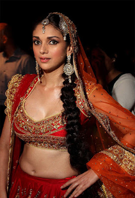 Stunning Photo Of Rising Bollywood Star Aditi Rao Hydari At Indian Bridal Fashion Show.