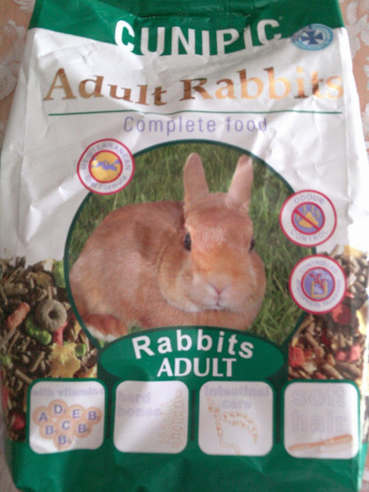 Alimento completo Cunipic para conejos adultos/ Cunipic Adult Rabbits Complete food