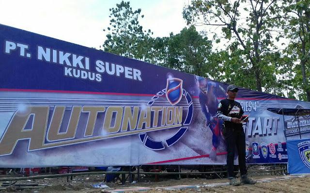 Bupati Kaswadi Buka Kejuaraan Motocross di  Sirkuit Latemmamala