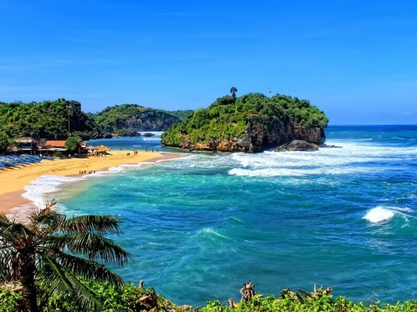 7 Most Beautifull Beaches In Jogjakarta That You Shouldn't Miss
