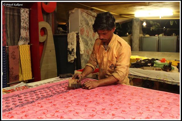 Hand pint work, Chokhi Dhani jaipur