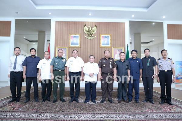 Ketua PT Sumsel Ditawari Makan Pindang Salai