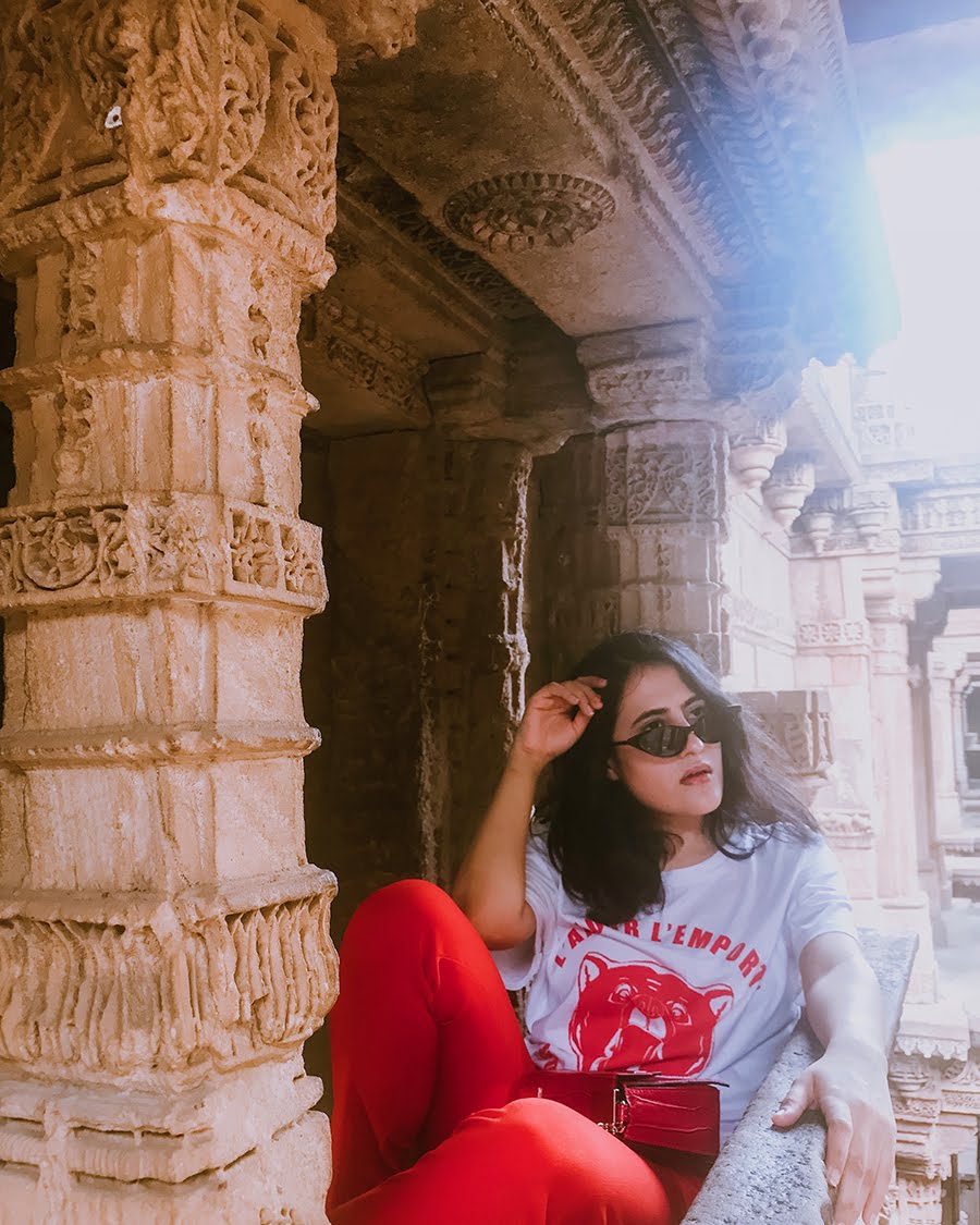 how to orange pant for casual day, fashionblogger, ahnedabad travels