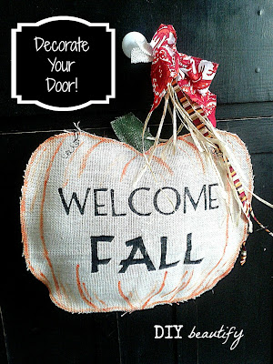 Fall Door Decor www.diybeautify.com