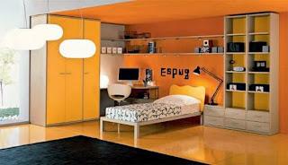 habitación amarillo naranja