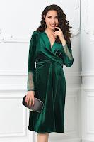 Rochie Mirunda verde de ocazie din catifea