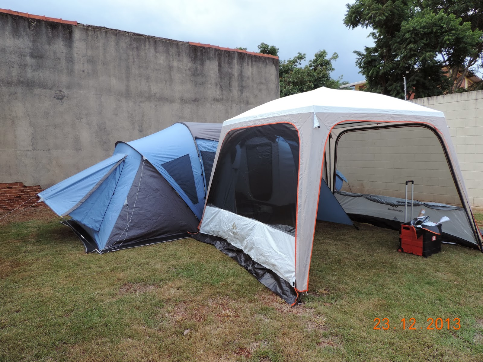 cbf3446f4 camping   tecnologia  camping urbano (gazebo quechua fresh)